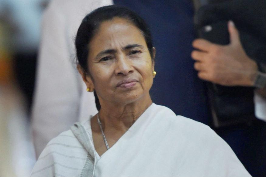 निर्वाचन आयोग ने चुनाव के मद्देनजर PM Narendr Modi बायोपिक समेत कई अन्य राजनेताओं पर आने वाली फिल्मों पर भले ही रोक लगा दी हो लेकिन अब एक और नेता पर बायोपिक आने वाली है.