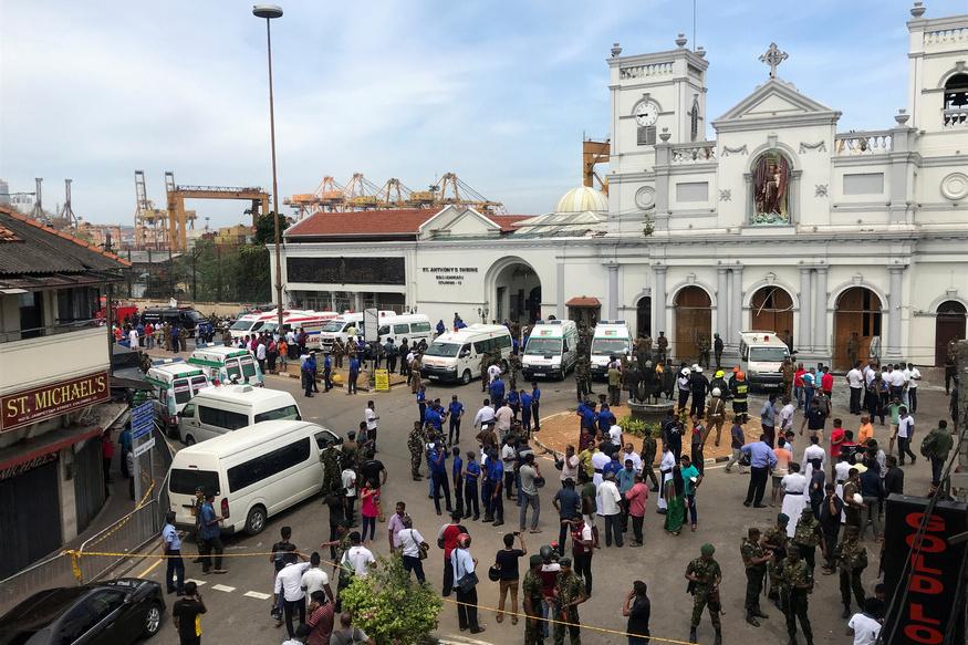 जून 2008 में श्रीलंका की राजधानी कोलंबो में दो बसों में जोरदार धमाका हुआ था. जिसमें 22 लोगों की मौत हो गई थी जबकि 100 से ज्यादा लोग घायल हुए थे. उस दौरान कोलंबो में कई बम धमाके हुए थे.