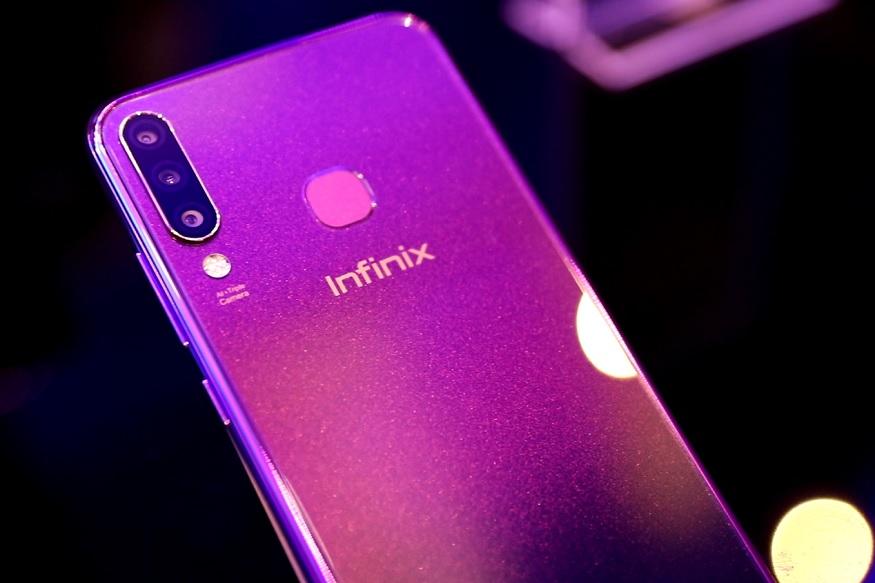 Infinix S4 में 3GB रैम के साथ 32GB की इंटरनल स्टोरेज दी गई है, जिसे माइक्रो एसडी कार्ड के जरिए बढ़ाया जा सकता है. यह स्मार्टफोन Android 9 Pie बेस्ड XOS 5.0 पर चलता है.