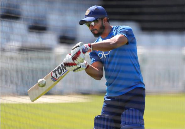 - 25 मई को होने वाले पहले अभ्यास मैच के लिए टीम इंडिया ग्राउंड पर मेहनत कर रही है.