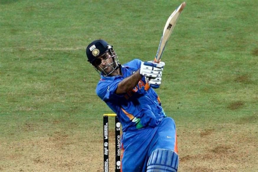 - पहला ऑप्शन 2011 के वर्ल्ड कप फाइनल में धोनी का विनिंग सिक्स था. जिसको 49% वोट मिले. (PC - ICC)