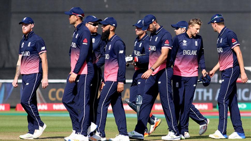 इंग्लैंड: इस साल वर्ल्ड कप का मेजबान देश इंग्लैंड भी पाकिस्तानी मूल के खिलाड़ी के साथ वर्ल्ड कप जितने का सपना देख रहा है. पाकिस्तान मूल से आए मोईन अली और आदिल रशीद इंग्लैंड टीम का जरुरी हिस्सा हैं. मोईन ने अभी तक 93 वनडे मैचों की 75 परियों में 1691 रन बनाए हैं. वहीं 128 उनका हाईएस्ट स्कोर है. आदिल रशीद की बात करें तो 86 मैचों की 80 पारी में उन्होंने 130 विकेट लिए हैं. जिसमें 27 रन देकर 5 विकेट उनका बेस्ट है. (PC- ICC)