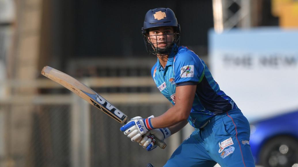 - इस मैच में गेंद और बल्ले दोनों से अर्जुन का कमाल देखने को मिला. (PC - T20mumbai)