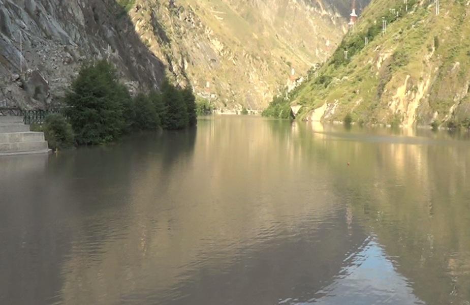 उन्होंने कहा कि इस आरती का उद्देश्य हर नदी को साफ और निर्मल रखने के लिए हम आम जनता का सहयोग चाहेंगे.
