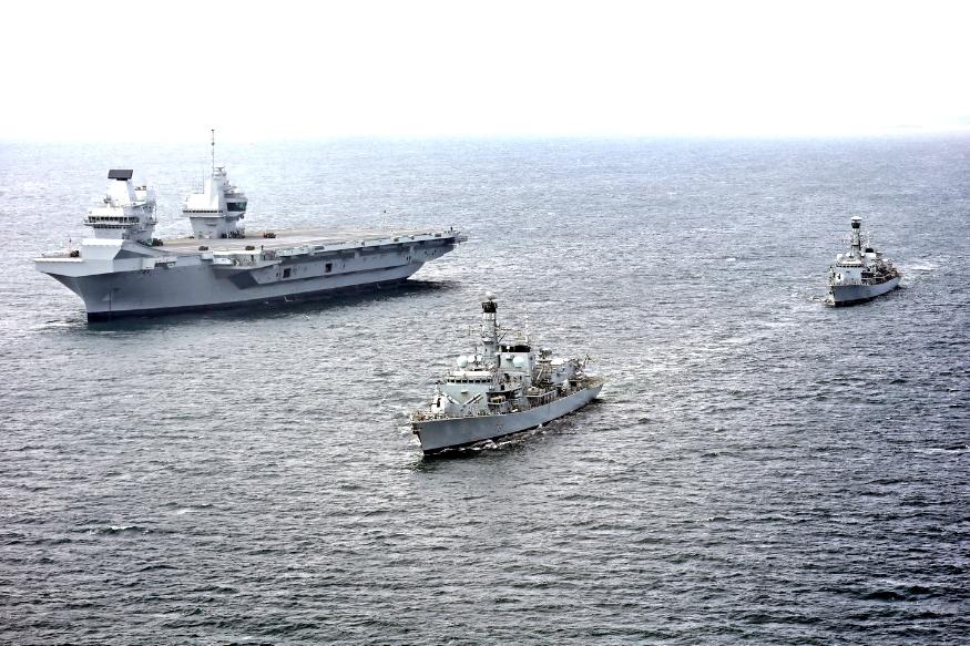 ब्रिटिश मीडिया के मुताबिक भारत और ब्रिटेन के बीच ब्रिटेन के 65,000 टन वजनी एक जलपोत की तरह एक और बड़ा जहाज भारत के लिए बनाने की तैयार चल रही है. यह कदम भारत सरकार के मेक इन इंडिया पहल का हिस्सा होगा. जिस ब्रिटिश जहाज की हूबहू कॉपी करने की बात रिपोर्ट में कही गई है, उसका नाम HMS क्वीन एलिजाबेथ है.