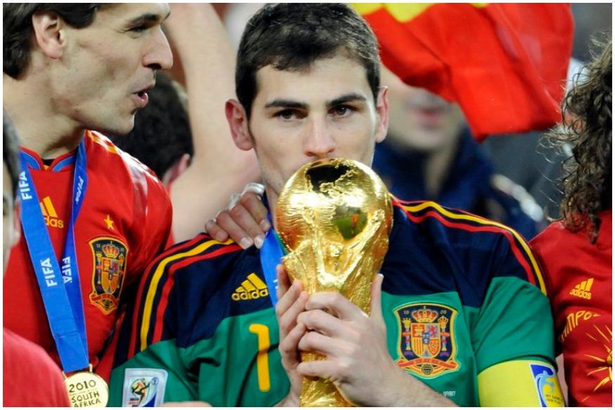 साल 2010 में स्पेन को पहली बार फुटबॉल वर्ल्ड कप जिताने वाले गोलकीपर और पूर्व कप्तान इकर कासियास को दिल का दौरा पड़ा है.