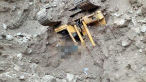 हिमाचल प्रदेश के चम्बा जिला के चम्बा-खजियार मार्ग मंगला के समीप हुए भूस्खलन में लापता चालक का शव 11 दिन बाद बरामद हो गया है.