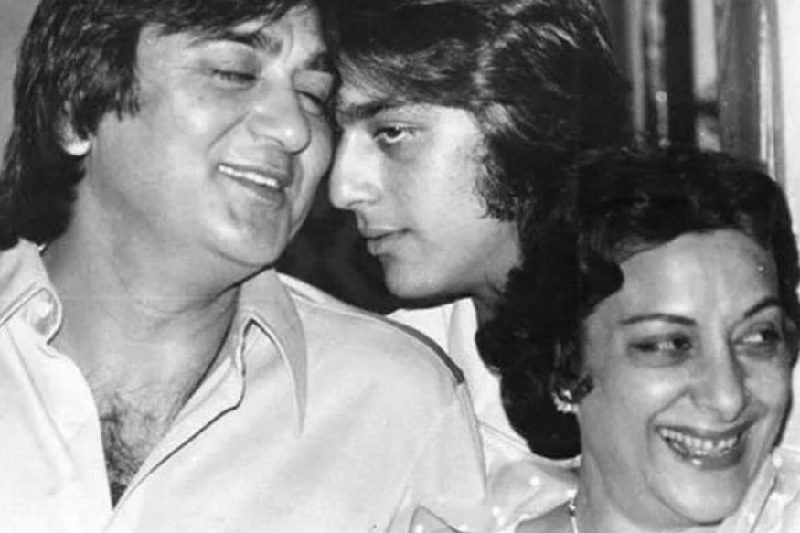 पिता सुनील दत्त को याद कर भावुक हुए संजय दत्त, बहन प्रिया