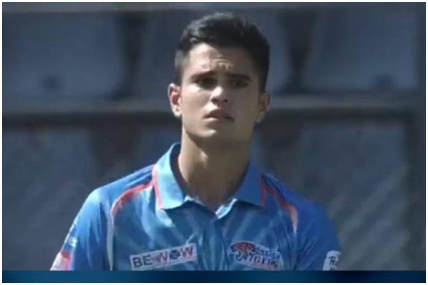 गेंदबाजी के बाद अर्जुन तेंदुलकर ओपनिंग पर उतरे. उन्होंने 28 रनों की पारी खेली और 4 चौके जड़े.