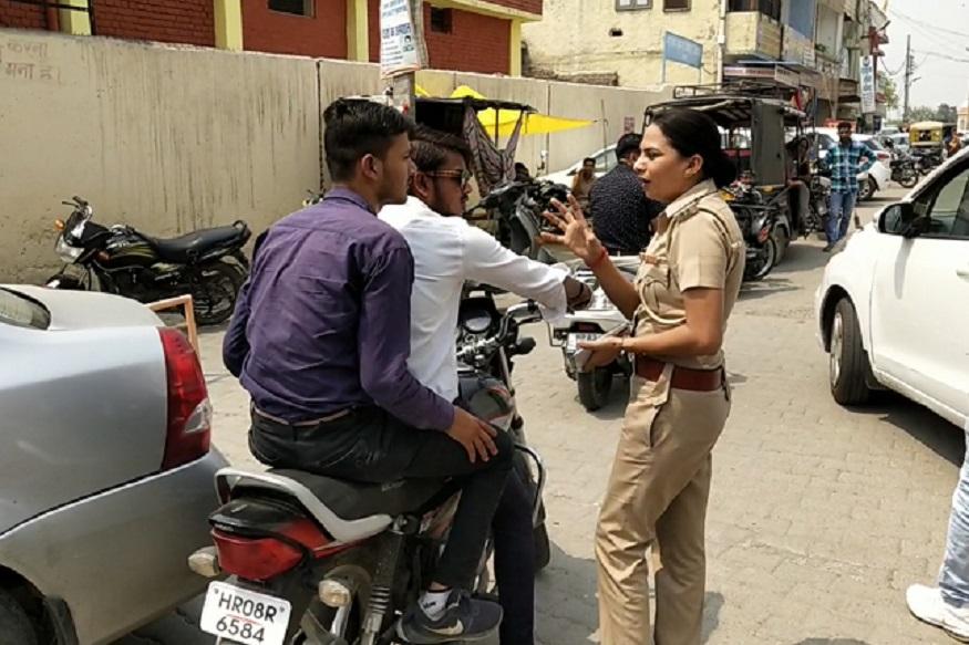 कैथल की महिला एसएचओ रेखा रानी ने दुर्गा शक्ति टीम को साथ लेकर शहर के उन ठिकानों का दौरा किया जहां पर मनचले छात्राओं और महिलाओं पर फब्तियां कसते हैं. स्कूल-कॉलेज के नए दाखिले शुरू हो गए हैं जिसके चलते फ्रेशर्स नए-नए शहर में आते हैं जिसकी वजह से छेड़छाड़ की घटनाएं बढ़ जाती हैं.