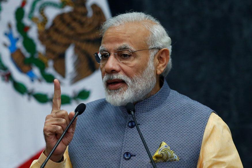 पीएम ने यह भी आरोप लगाया कि गांधी परिवार की छुट्टी के लिए युद्धपोत INS विराट का इस्तेमाल किया था.