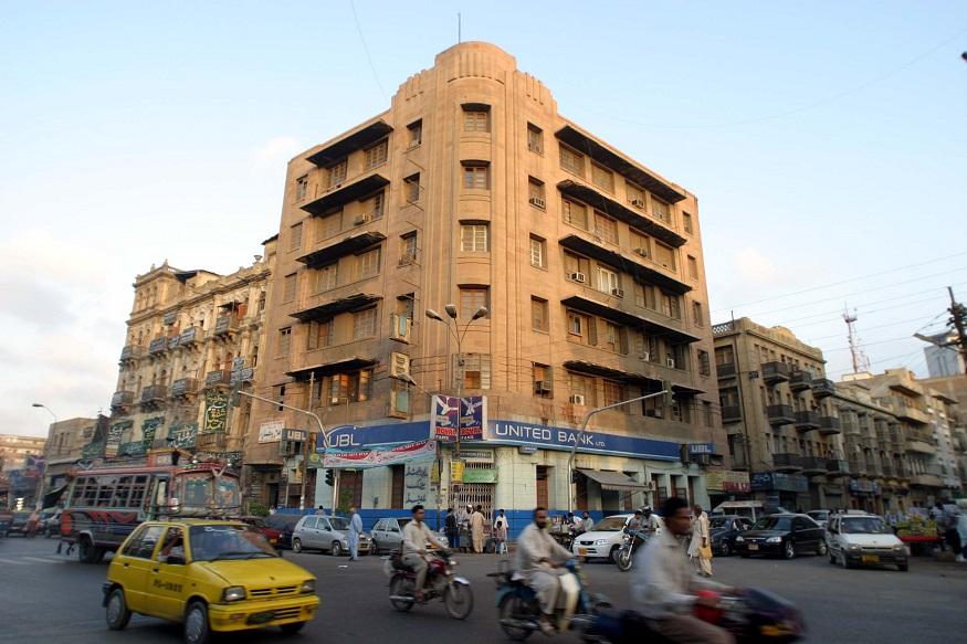 ये बिल्डिंग आजादी से पहले बैंक ऑफ इंडिया की थी. जिसे 1906 में मुंबई में जानेमाने भारतीय व्यापारियों ने मिलकर खोला था. आजादी के बाद इसमें पाकिस्तान का यूनाइटेड बैंक लिमिटेड खोल दिया गया.
