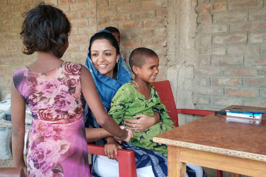दूसरी सबसे ज्यादा विरोध झेलने वालों में जेएनयू की छात्रा रह चुकी शहला रशीद हैं. उन्होंने कन्हैया के लिए जमकर प्रचार किया था.