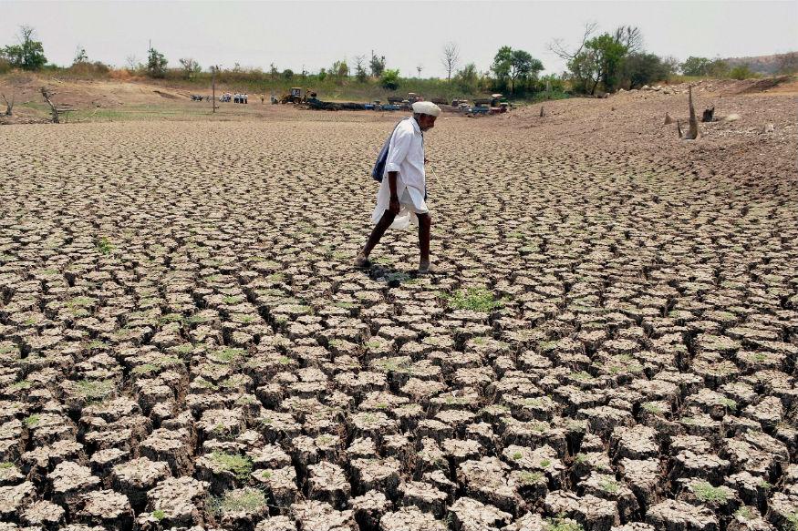 विदर्भ, मराठावाडा, पश्चिम मध्य प्रदेश और गुजरात में बारिश सामान्य से बहुत कम रहेगी. इससे स्थिति और बिगड़ सकती है क्योंकि मराठावाडा और गुजरात के कई हिस्से सूखे जैसे हालात से जूझ रहे हैं.