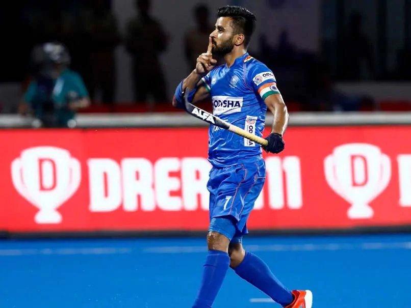 - टीम इंडिया ने धीमी शुरुआत की और पहले ही मिनट में हासिल हुए पेनल्टी कार्नर का फायदा नहीं उठा सकी. (PC -Hockey India)