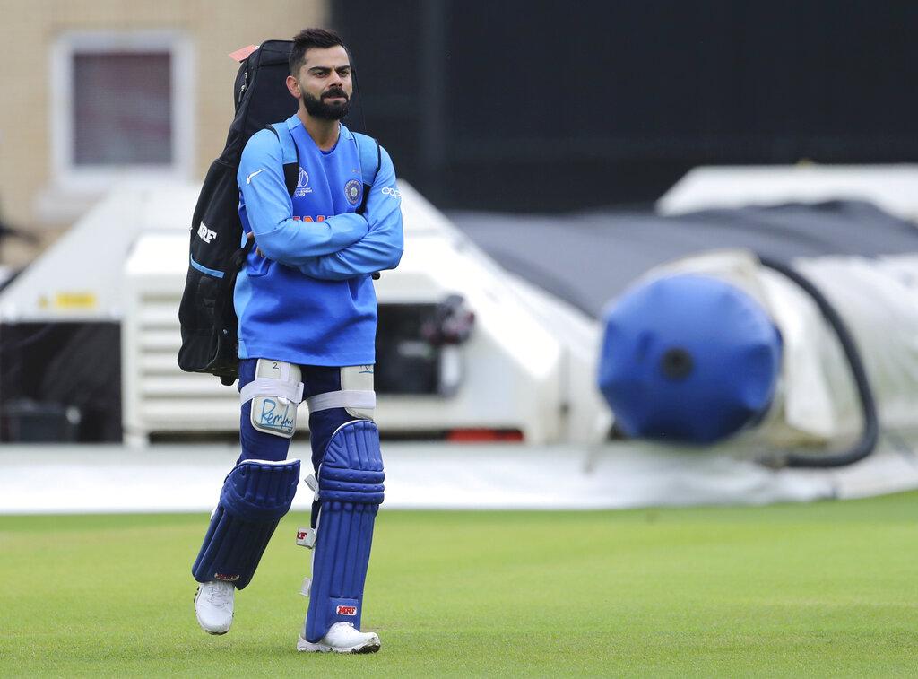 हार्दिक पंड्या टीम इंडिया के लिए बेहद अहम खिलाड़ी हैं. उन्होंने ऑस्ट्रेलिया के खिलाफ चौथे नंबर पर उतरकर तेज-तर्रार 48 रन बनाए थे. टीम इंडिया को उनसे ऐसे ही प्रदर्शन की उम्मीद होगी, तभी भारतीय टीम चैंपियन बन पाएगी.