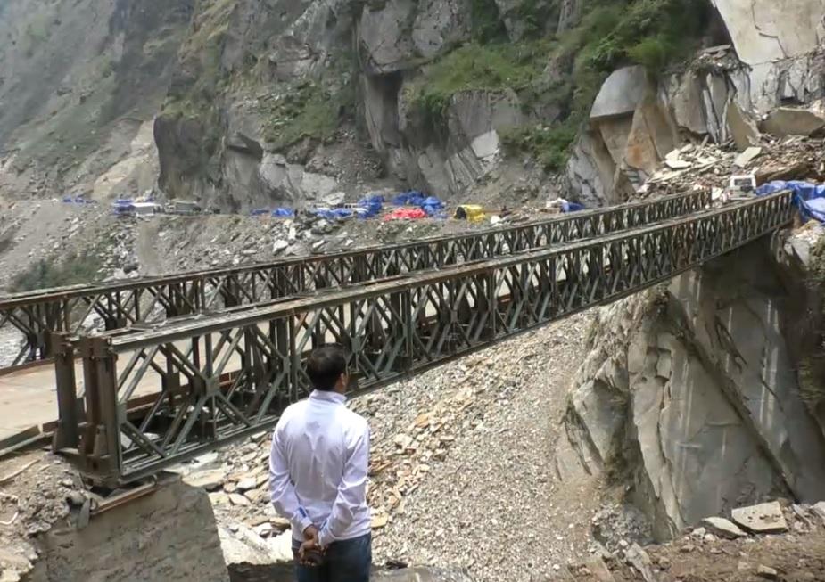 बीआरओ ने इस साल नजंग के खौफनाक नाले में पुल बनाने में सफलता पाई है. जिस कारण यात्रियों को काफ़ी सहूलियत होगी.