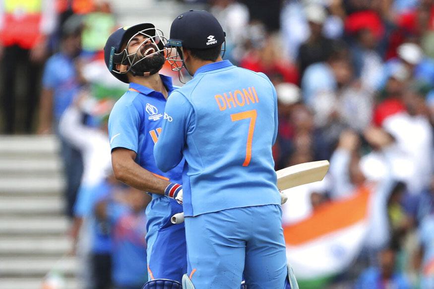 ms dhoni, ms dhoni six, indian cricket team, india australia, virat kohli, dhoni kohli, विराट कोहली, एमएस धोनी, भारतीय क्रिकेट टीम, क्रिकेट वर्ल्ड कप 2019