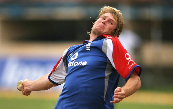 मैथ्यू होगार्ड : इंग्लैंड का यह तेज गेंदबाज एक समय टीम के अहम खिलाड़ियों में शामिल रहा. टेस्ट में शानदार सफलता और वनडे में अच्छे प्रदर्शन के बावजूद वह कभी वर्ल्ड कप मैच नहीं खेल सके. हालांकि उन्हें 2011 की वर्ल्ड कप टीम में चुना गया था, लेकिन वे एक भी मैच में मैदान पर नहीं उतरे. (एएफपी/गैटी इमेज)
