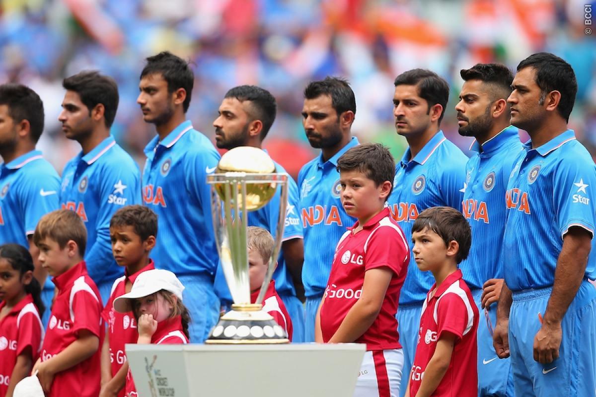indian team singing national anthem