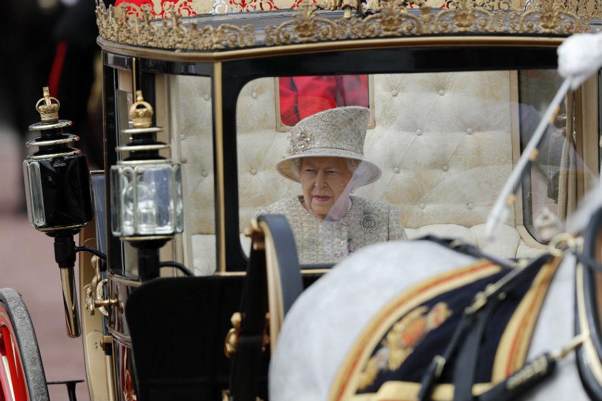 जानकारी के अुनसार महारानी एलिजाबेथ द्वितीय के जन्मदिन समारोह में शिक्षाविदों, उद्योगपतियों और विभिन्न क्षेत्रों के पेशेवरों को सम्मानित किया जाएगा.