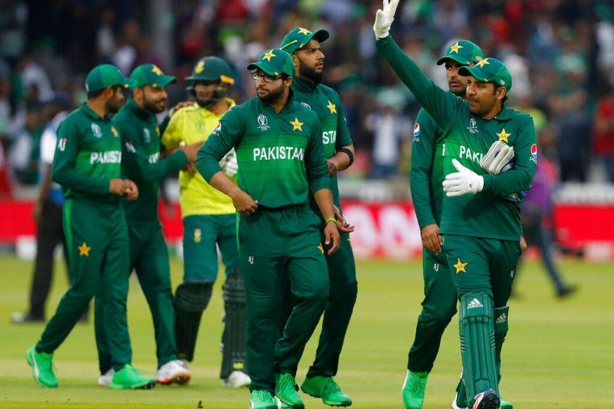 पाकिस्तान ने इस जीत के साथ अपनी सेमीफाइनल की उम्मीदों को कायम रखा है (ap)