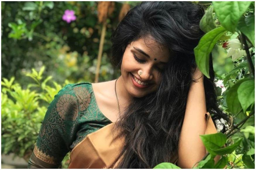 फिल्मी बीट में आई खबर के अनुसार, अनुपमा परमेश्वरन ने साफतौर पर कहा है कि बुमराह केवल उनके अच्छे दोस्त हैं और वो दोनों इस समय डेटिंग नहीं कर रहे हैं. हालांकि इस मामले में अबतक जसप्रीत बुमराह की कोई प्रतिक्रिया सामने नहीं आई है.