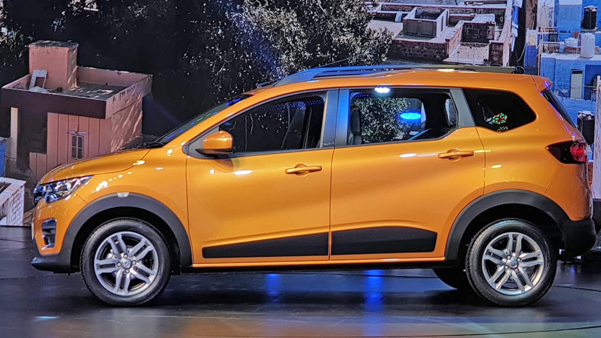 7 सीटर के अलावा ये कार एक परफेक्ट फाइव सीटर कार भी है. क्योंकि इसमें पीछे की सीट को हटाने (फोल्ड) का भी ऑप्शन है, जिससे इस गाड़ी में 625 लीटर का कमाल का बूट स्पेस भी मिलता है.