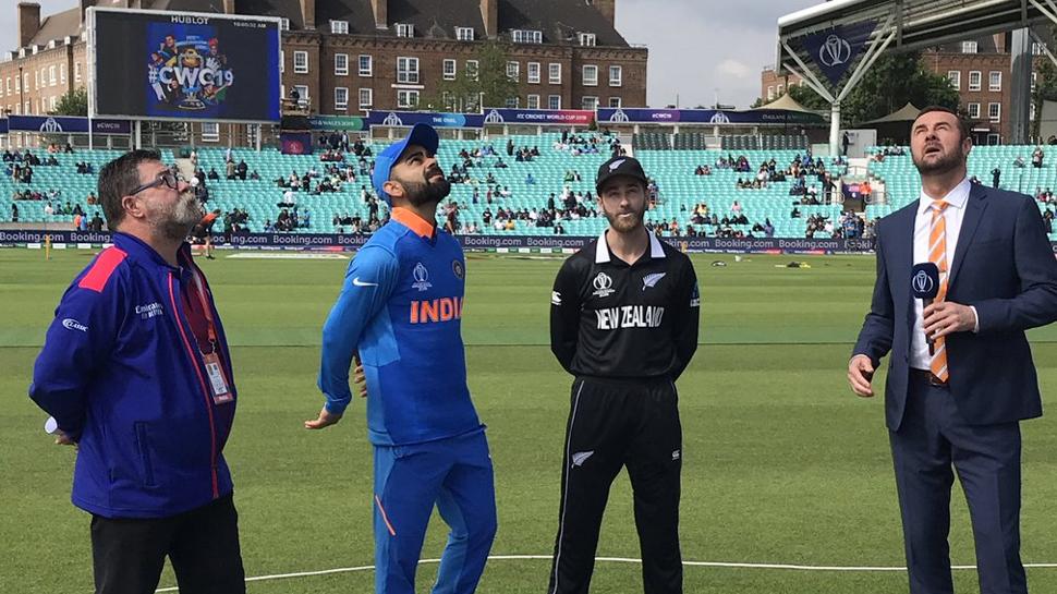 भारत और न्यूजीलैंड के बीच पहला सेमीफाइनल  मैच मंगलवार को मैनचेस्टर के ओल्ड ट्रैफर्ड मैदान पर खेला जाएगा. इस मैच में थर्ड अम्पायर रॉड टकर और चौथे अधिकारी नाइजल लॉन्ग होंगे. पूर्व आस्ट्रेलियाई खिलाड़ी डेविड बून मैच रैफरी की भूमिका निभाएंगे.