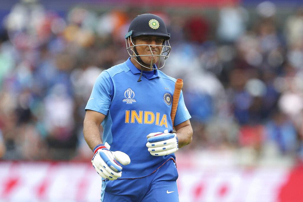 आपको बता दें आईपीएल फॉर्मेट में जो अंक तालिका में दो टॉप टीमें होती हैं, उसे प्लेऑफ के दौरान फाइनल में पहुंचने के दो मौके मिलते हैं.