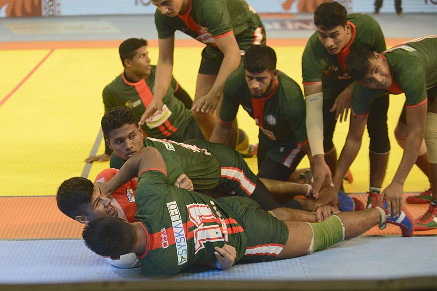 कबड्डी बांग्लादेश का राष्ट्र खेल कबड्डी है. वहीं भारत में तमिलनाडू के अलावा आंद्र प्रदेश, तेलंगाना और पंजाब ने कबड्डी को अपना राज्य खेल का दर्जा दिया है. (twitter)