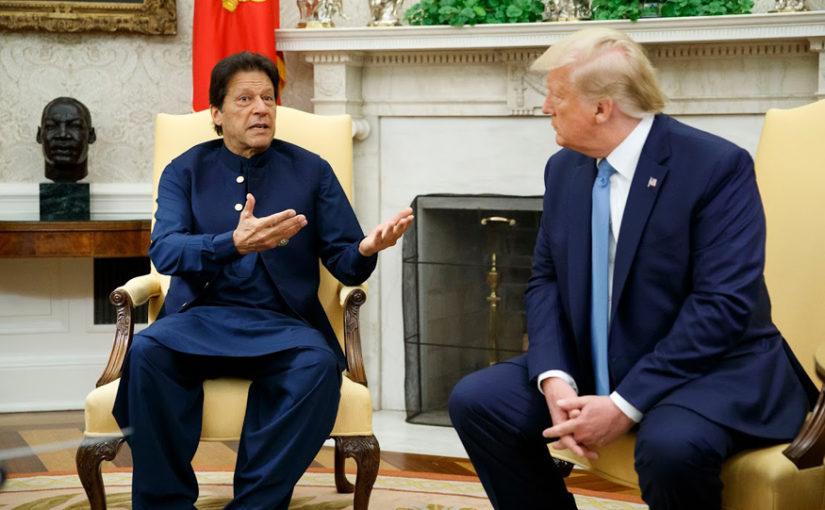 इमरान ने कहा- पाकिस्तान में सक्रिय 40 आतंकी संगठन, पिछली सरकार ने छुपाई जानकारी