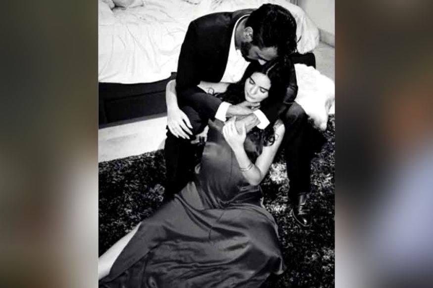 अर्जुन रामपाल अपनी नवजात बच्चे और गर्लफ्रेंड गैब्रिएला देमित्रियाद को लेकर घर लौट आए हैं. उनकी गर्लफ्रेंड बुधवार को मुंबई के हिन्दुजा अस्तपाल में भर्ती हुई थीं और गुरुवार को उन्होंने बच्चे को जन्म दिया था.