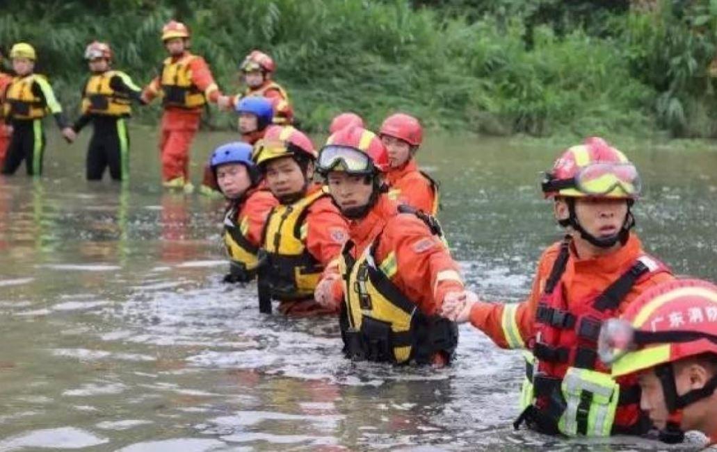 mission paani, damage due to floods, natural catastrophe damages, floods in india, floods in world, sea cyclones damage, मिशन पानी, बाढ़ से नुकसान, प्राकृतिक आपदा, भारत में बाढ़, दुनिया में बाढ़, समुद्री तूफान