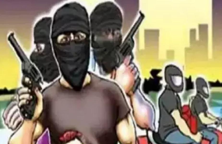 खुलासा: हत्या कर टैक्सी लूटने वाले बदमाशों को टीआई ने छोड़ा था 5 लाख रुपए लेकर, जांच के दिए आदेश