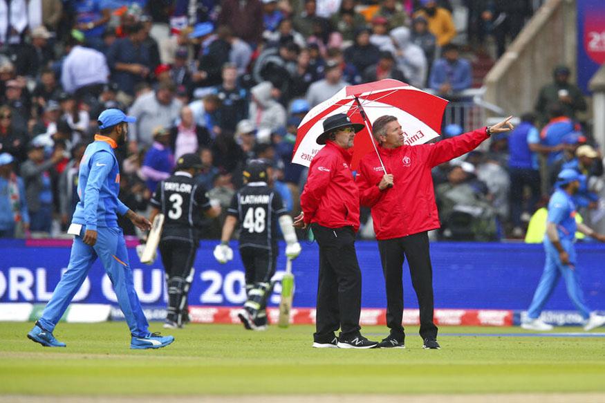 india vs new zealand live score, india new zealand rain, ind vs nz score, india target