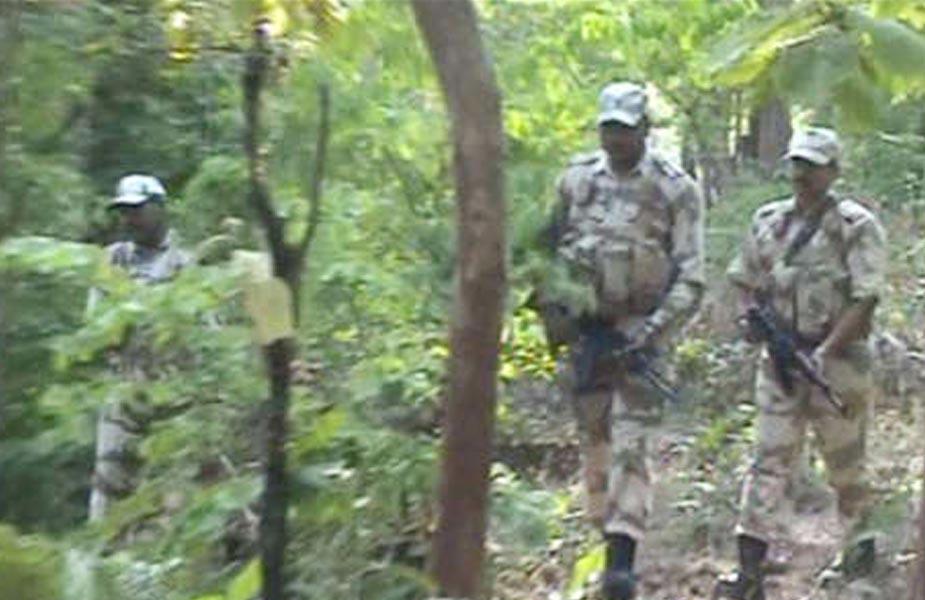 दो नक्सली मारे गए. two naxali killed