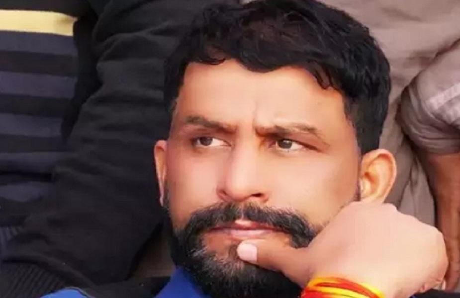 नवीन जयहिंद ने कहा कि शिक्षामंत्री रामबिलास शर्मा व खेलमंत्री अनिल विज उठक-बैठक लगाए ताकि उनका इस योग से दिमाग तेज हो