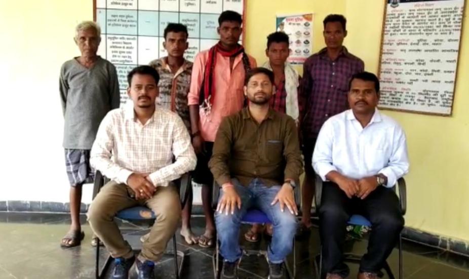 chhattisgarh news, छत्तीसगढ़ latest news, छत्तीसगढ़ समाचार, Chhattisgarh samachar,Chhattisgarh news in hindi, sukma, sukma news, bonded laborer of sukma released, bonded laborer of sukma released from Hyderabad, सुकमा न्यूज, सुकमा के बंधवा मजदूर, बंधवा मजदूर रिहा, हैदराबाद से बंधवा मजदूर रिहा