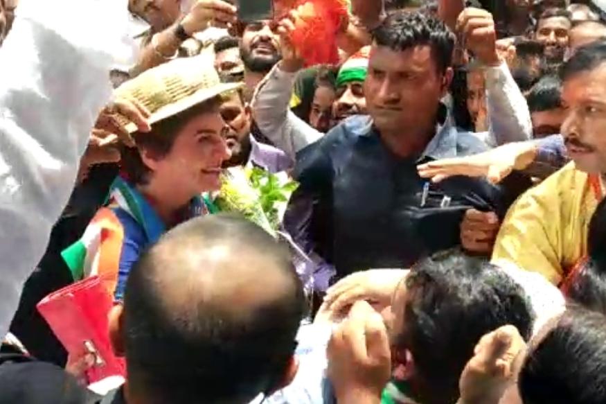 कांग्रेस कार्यकर्ताओं ने किया जोरदार स्वागत