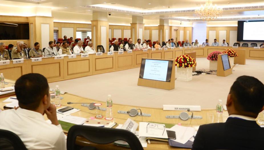 chhattisgarh- raipur- meeting over naxalism in delhi-amit shah reviews naxal issue- plan to finish naxali by central government- cm bhupesh baghel on naxal issue- amit shah meeting on naxal issue- छत्तीसगढ़- रायपुर- नक्सली समस्या- दिल्ली में नक्सल समस्या पर बैठक- दिल्ली में नक्सल समस्या पर बैठक- नक्सल समस्या पर अमित शाह की बैठक- नक्सलवाद के खिलाफ अमित शाह- नक्सलवाद पर सीएम भूपेश बघेल का प्लान- नक्सवाद पर गृहमंत्री अमित शाह का प्लान