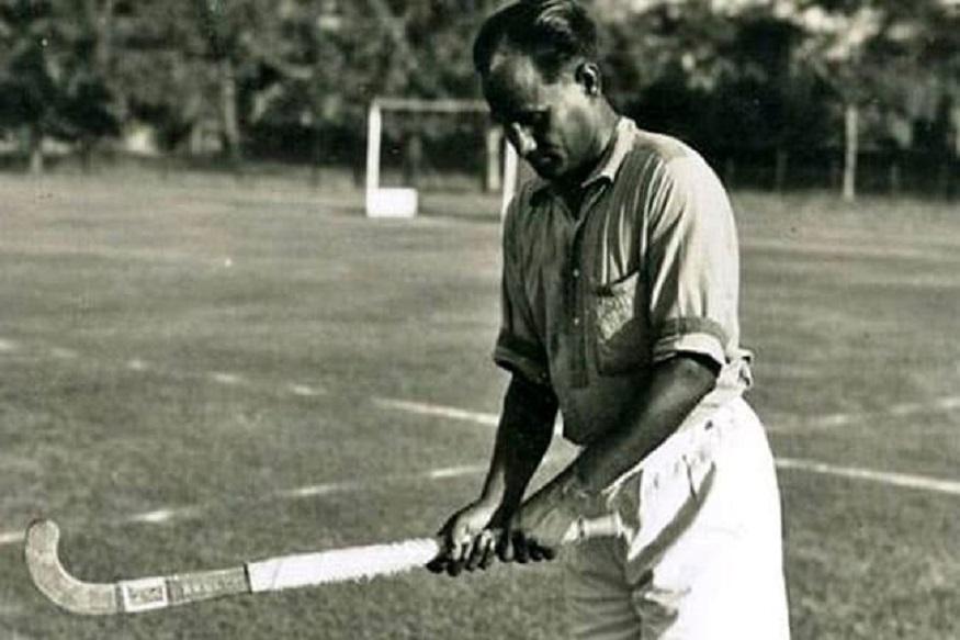 हॉकी (Hockey) के जादूगर मेजर ध्यानचंद (Major Dhyanchand) का नाम किसी परिचय का मोहताज नहीं है, लेकिन पूरी दुनिया जिस खिलाड़ी के पराक्रम से अभिभूत है उसे अब तक भारत-रत्न से सम्मानित नहीं किया जा सका है.