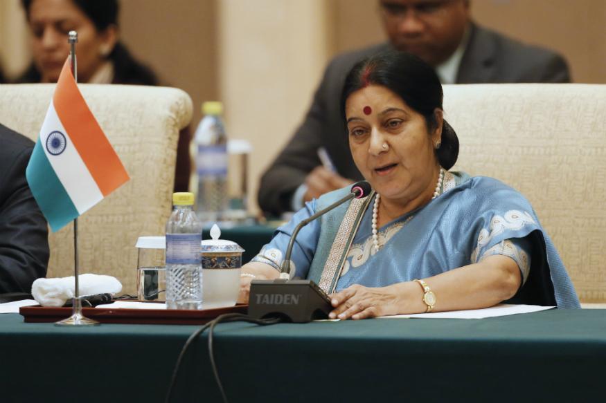 Sushma Swaraj, Sushma Swaraj death, Sushma Swaraj news, BJP leader Sushma Swaraj, AIIMS, political careers of sushma swaraj, सुषमा स्वराज का निधन, सुषमा स्वराज का समाचार, सुषमा स्वराज का राजनीति करियर, सुषमा स्वराज का जन्म, rip Sushma Swaraj, Sushma Swaraj and Jp Movement, सुषमा स्वराज और जेपी आंदोलन. Sonia Gandhi vs Sushma Swaraj, सुषमा स्वराज बनाम सोनिया गांधी