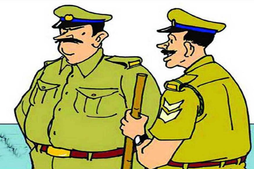 chhattisgarh news, raipur news, raipur viral video, police viral video, raipur police viral video, raipur police viral video news, raipur police jawan showing stunt,police jawan stunt video viral, छत्तीसगढ़ न्यूज, रायपुर न्यूज, रायपुर पुलिस, रायपुर पुलिस वायरल वीडियो, वायरल वीडियो, वायरल वीडियो न्यूज, रायपुर पुलिस वायरल वीडियो न्य़ूज, रायपुर पुलिस के जवान का वायरल वीडियो
