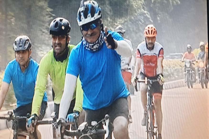 पद संभालने दिल्ली से जयपुर के लिए साइकिल पर निकले लेफ्टिनेंट आलोक क्लेर