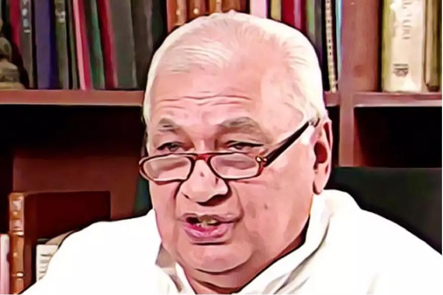 आरिफ मोहम्मद खान ने 1986 में शाहबानो मामले में राजीव गांधी और कांग्रेस के स्टैंड से नाराज़ होकर पार्टी और अपना मंत्री पद छोड़ दिया.