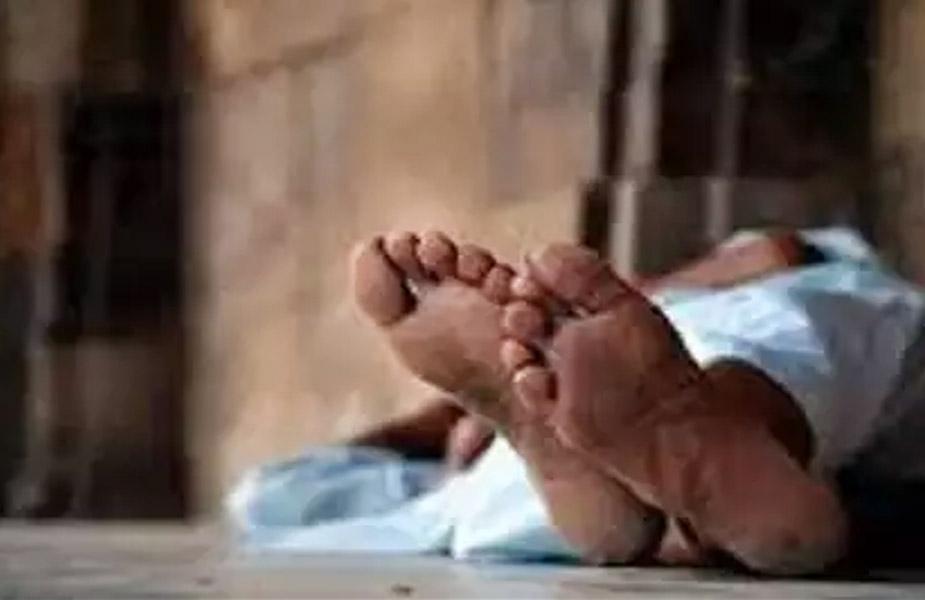 छत्तीसगढ़ (Chhattisgarh) के दुर्ग (Durg) जिले के ग्राम छाटा में रहने वाले एक 6 वर्ष के बच्चे की सेप्टिक टेंक में डूबने से दर्दनाक मौत (Death) हो गई