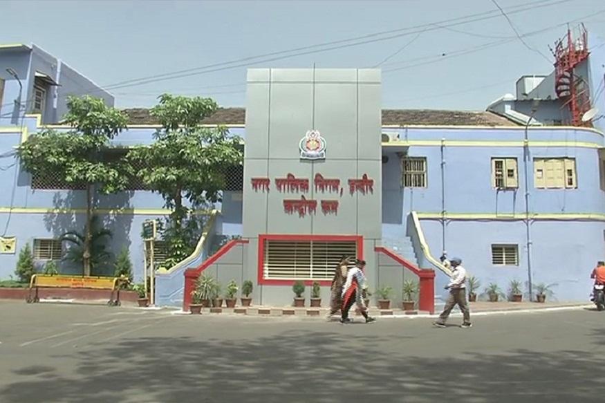 News - सफाई में भी इंदौर देश के सबसे स्वच्छ शहर का दर्जा हासिल कर चुका है