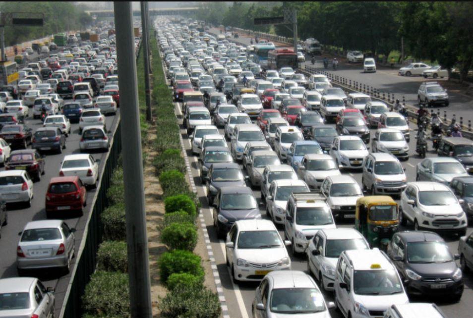 indian roads, india road network, indian traffic facts, indian traffic rules, traffic challans, भारत की सड़कें, भारतीय सड़क नेटवर्क, भारतीय ट्रैफिक फैक्ट्स, नये ट्रैफिक नियम, कहां कितना जुर्माना