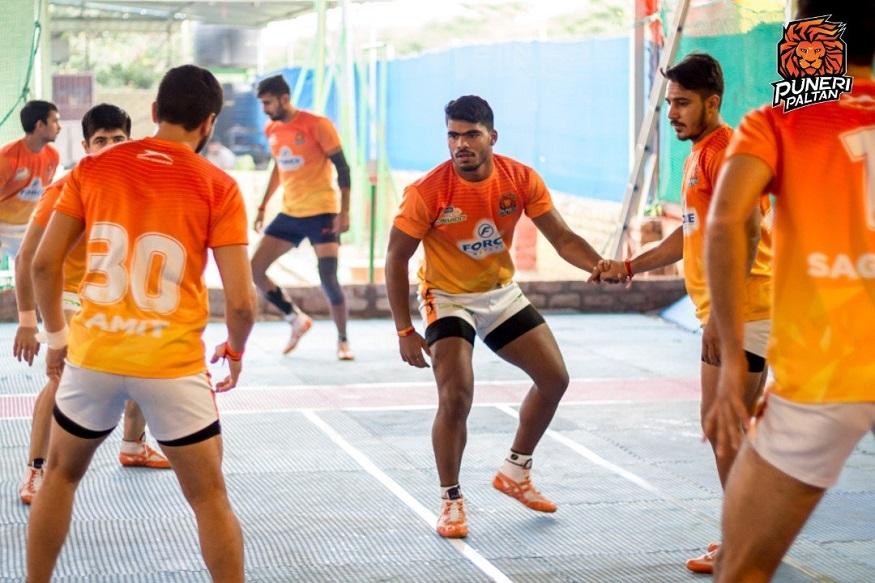 Patna Pirates, Bengaluru Bulls, Puneri Paltan, Pro Kabaddi League, प्रो कबड्डी लीग, बेंगलुरु बुल्स, पुणेर पल्टन,